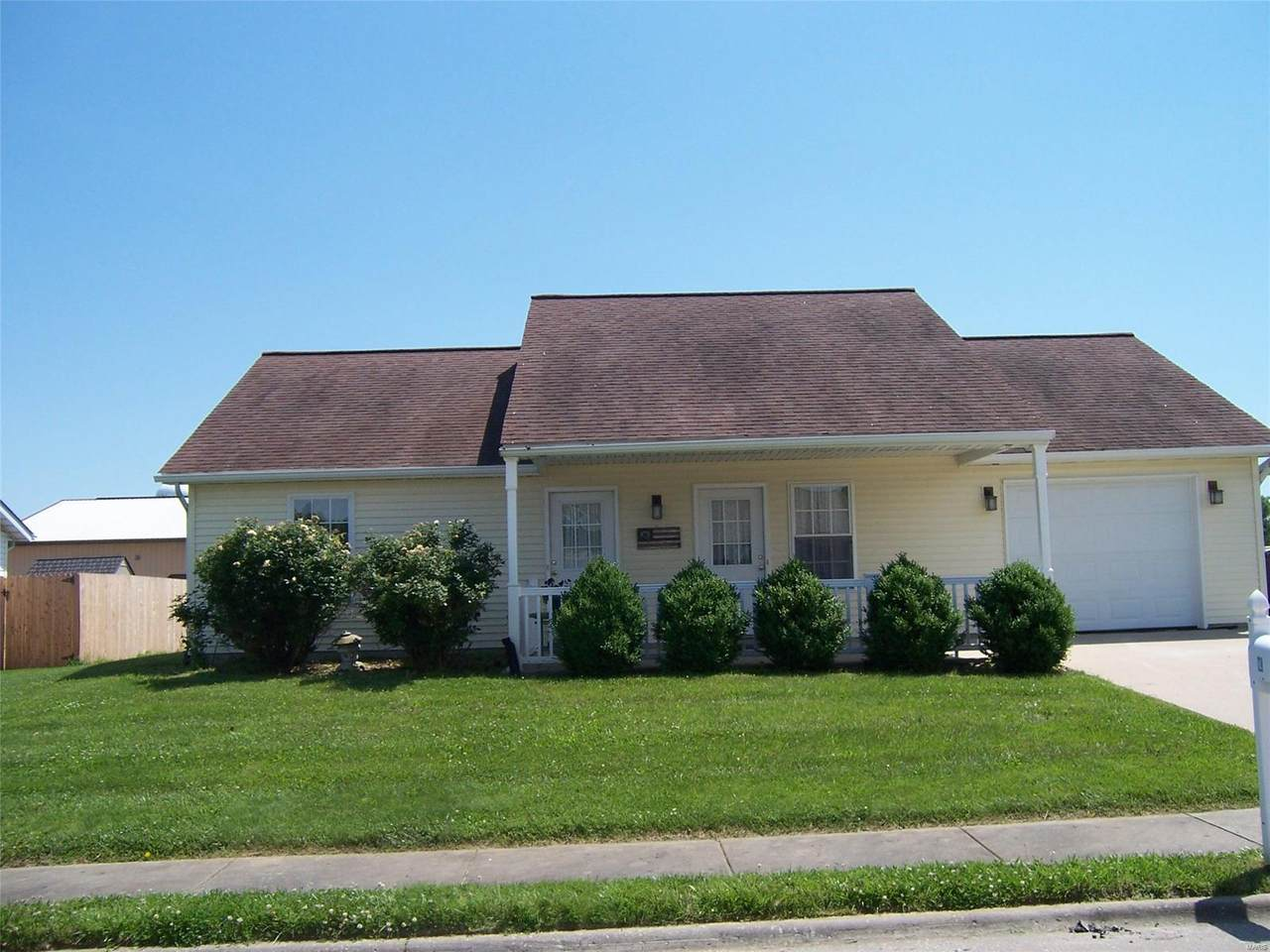 128 East Harrisonville - Photo 1