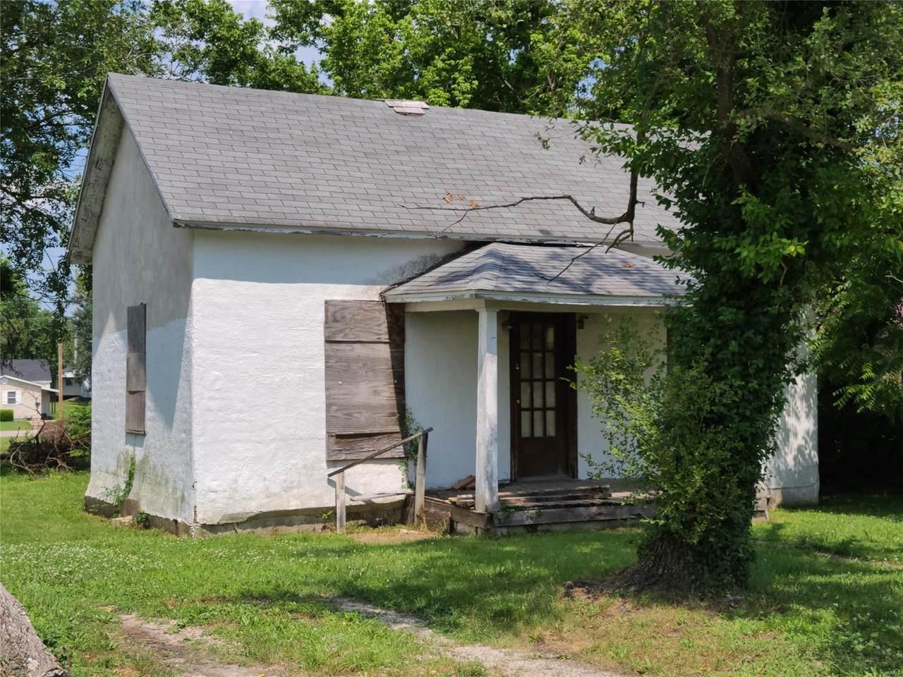 536 Polk Avenue - Photo 1