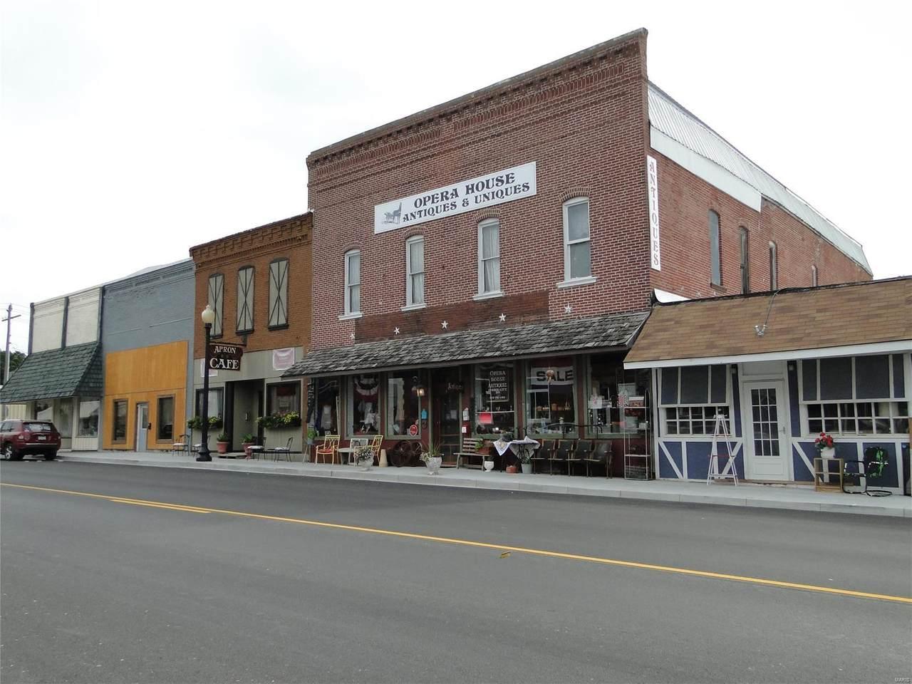 208 South Main Street - Photo 1