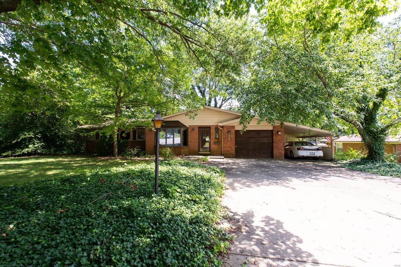 146 Cresthaven Drive - Photo 1