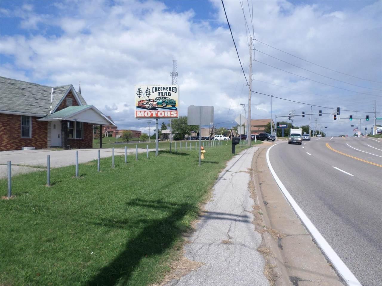 1607 Jeffco Boulevard - Photo 1
