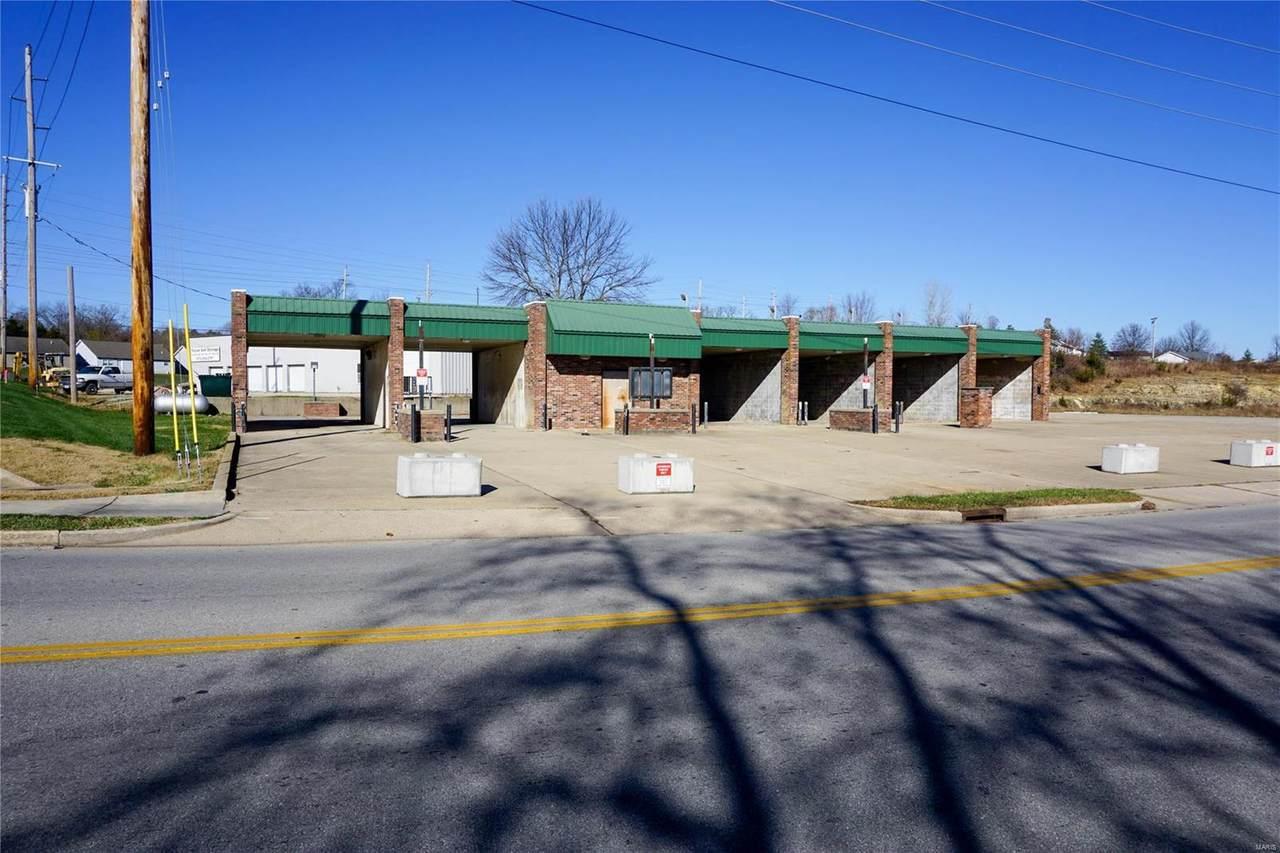 1051 18th Street - Photo 1