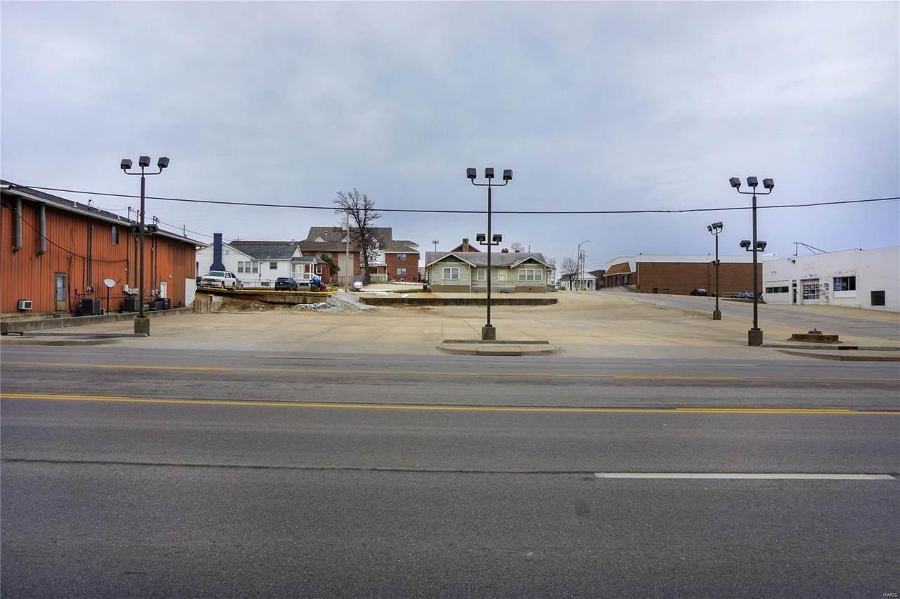 702 Bishop Ave & 602 & 604 W. 7th Street - Photo 1