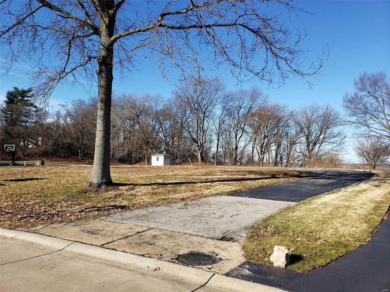 19 Ridge Crest Drive - Photo 1