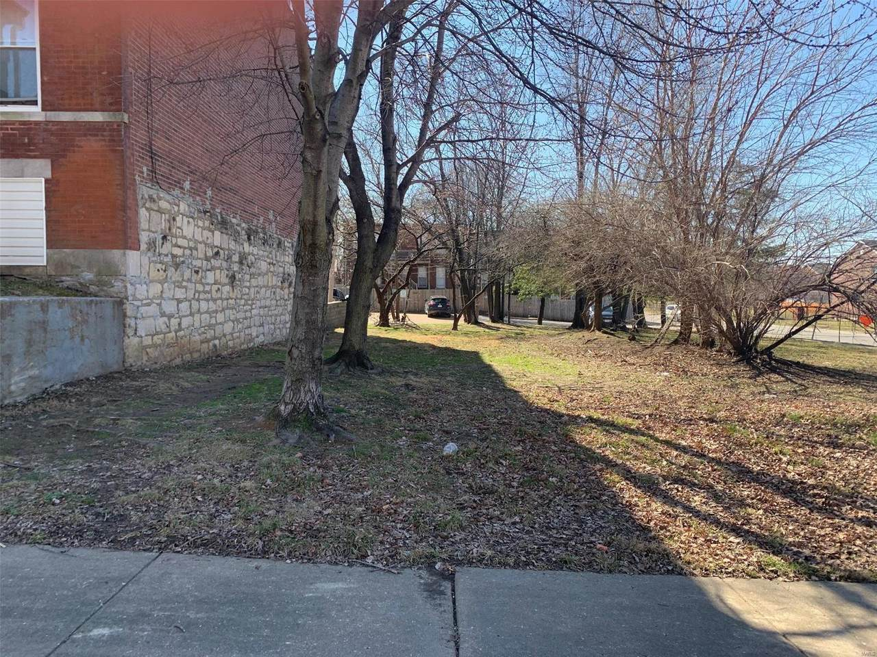 3864 Folsom Avenue - Photo 1