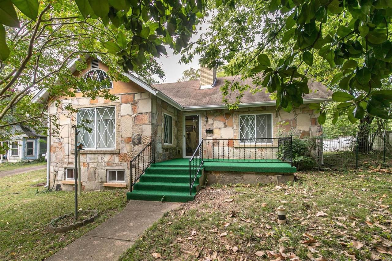 703 Lafayette Street - Photo 1