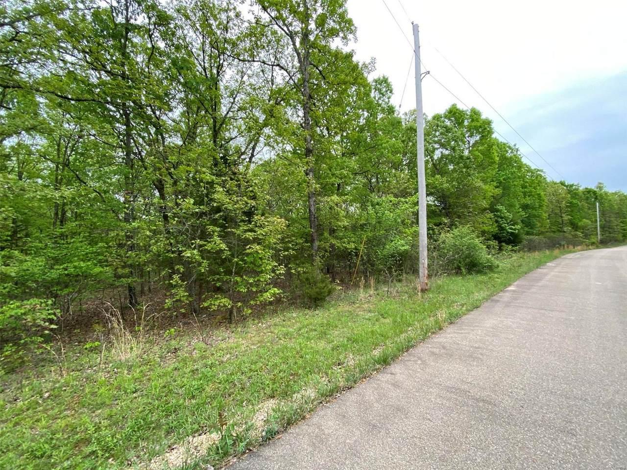 1328 Twin Oaks Road - Photo 1