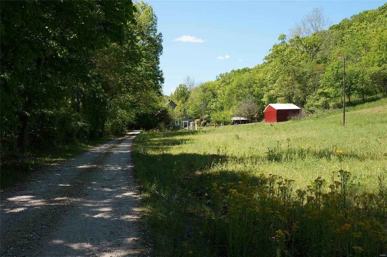 1213 Poor Farm Hollow - Photo 1