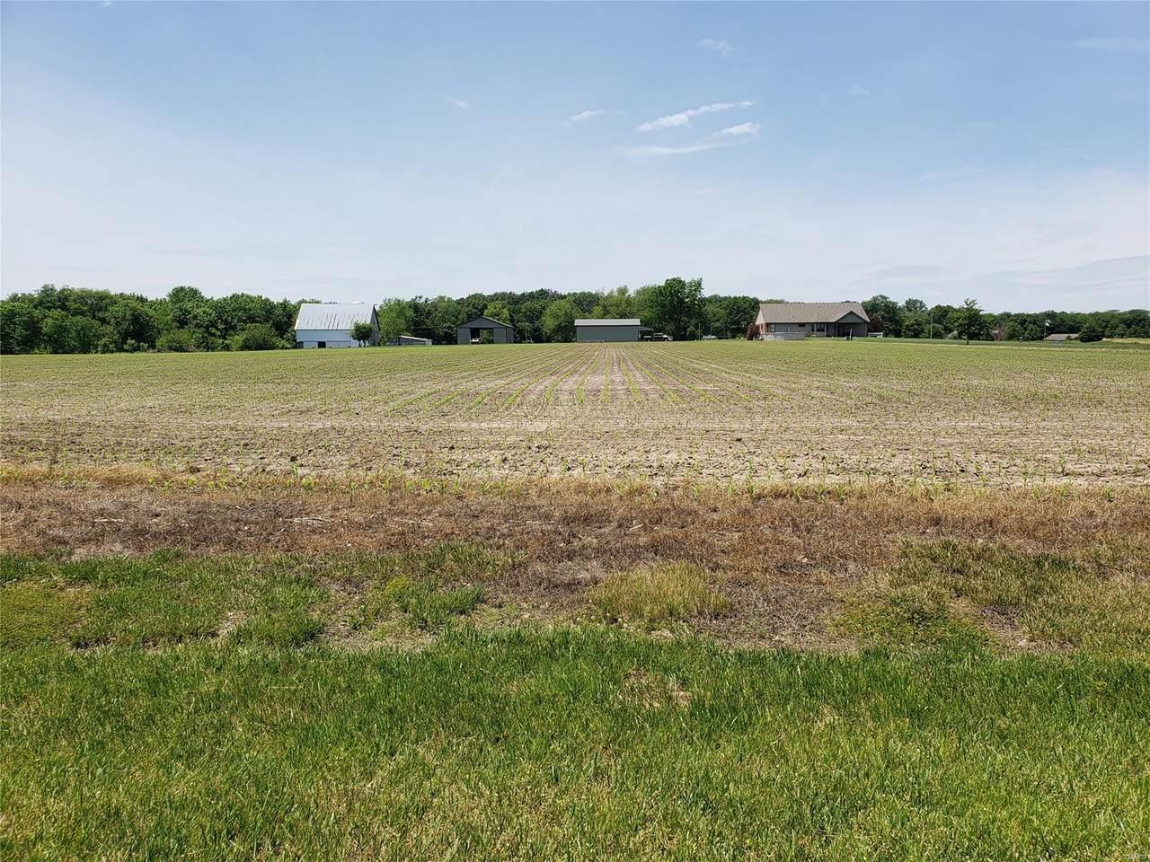 1049 Buckeye Crossing - Photo 1