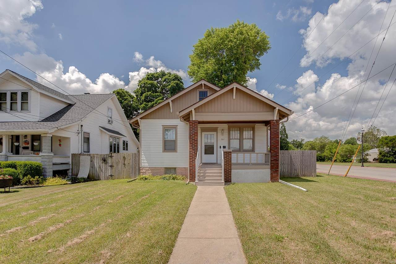 527 Benton Street - Photo 1