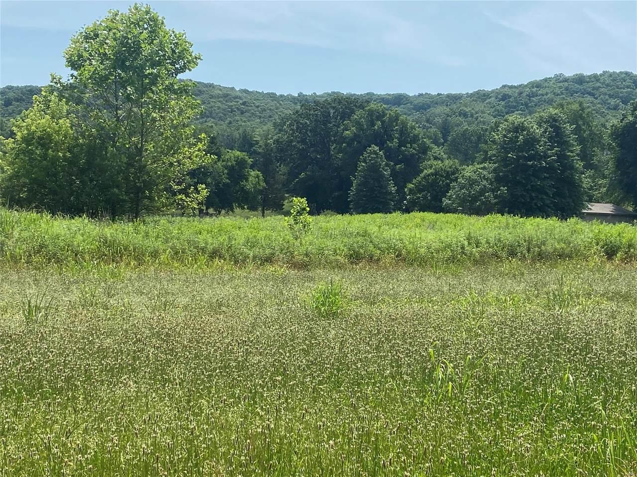 7600 Moss Hollow - Photo 1