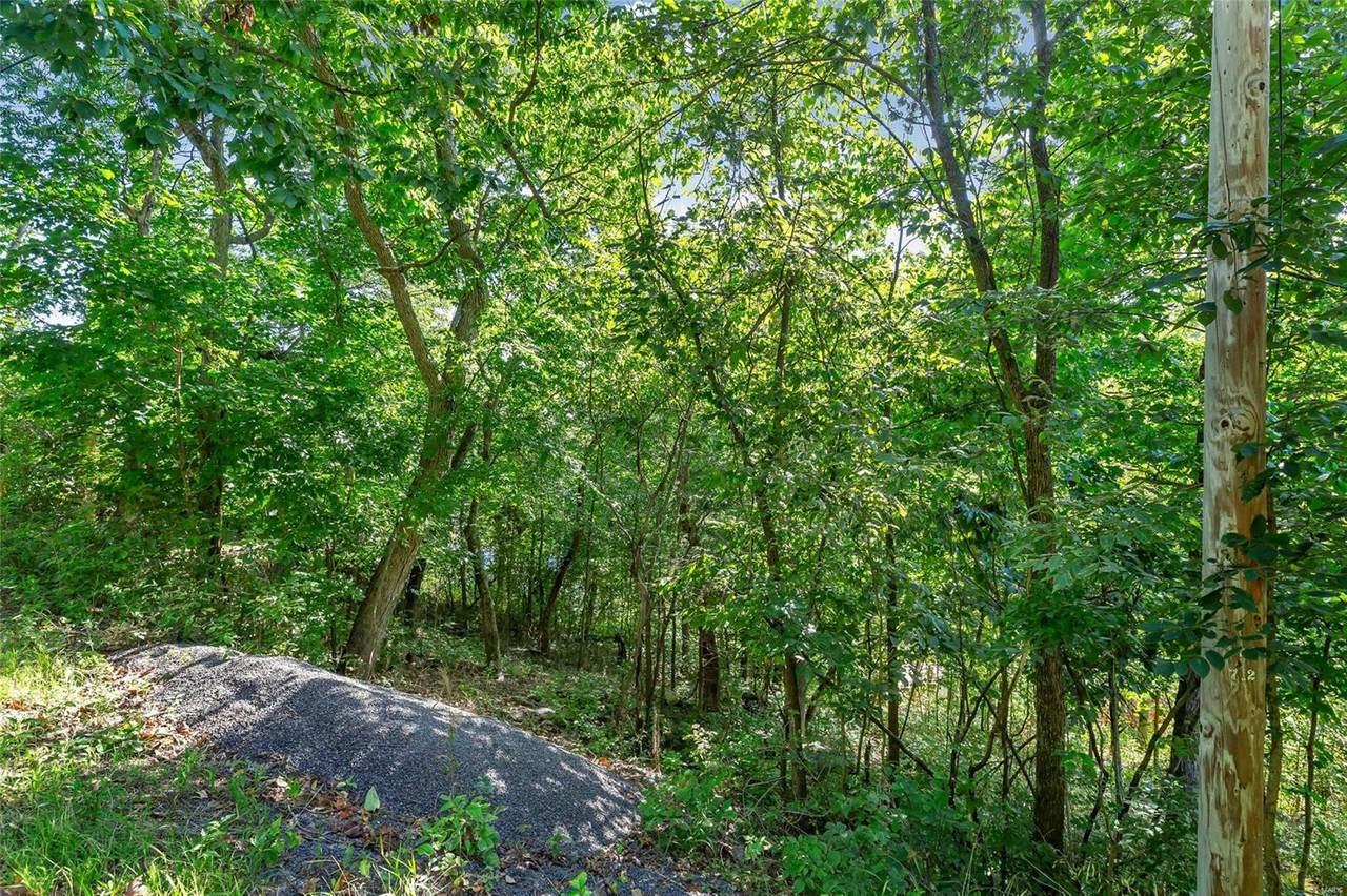 1499 Lake Sherwood Drive - Photo 1