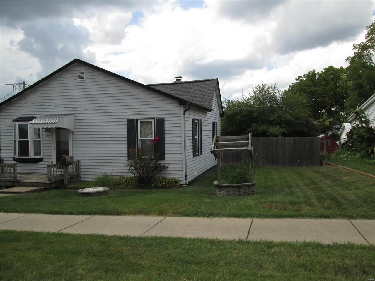 1209 Iowa St. - Photo 1