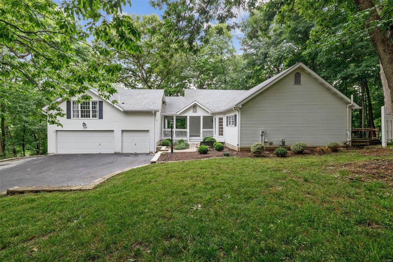 707 Forest Gate Court - Photo 1