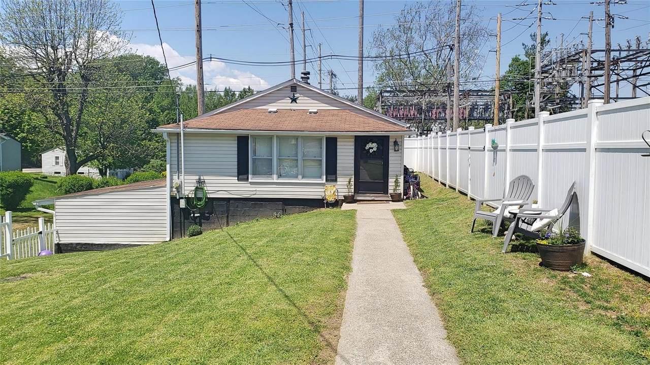 1509 Oak Street - Photo 1