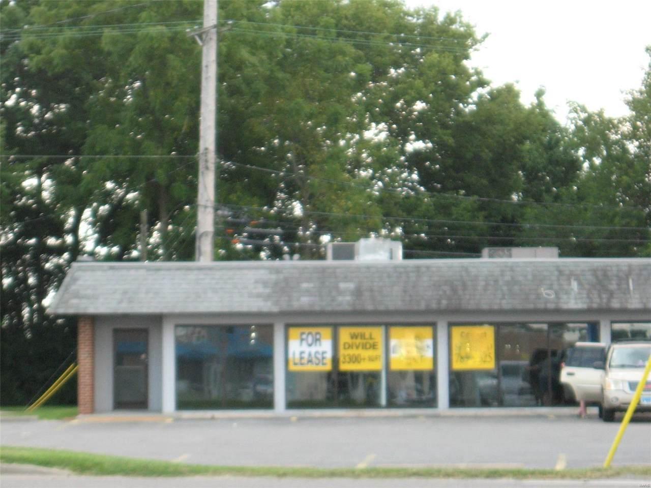 1828 Vaughn Road - Photo 1