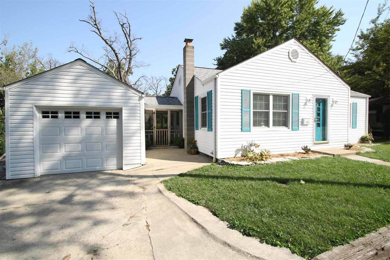 2928 Forest Drive - Photo 1