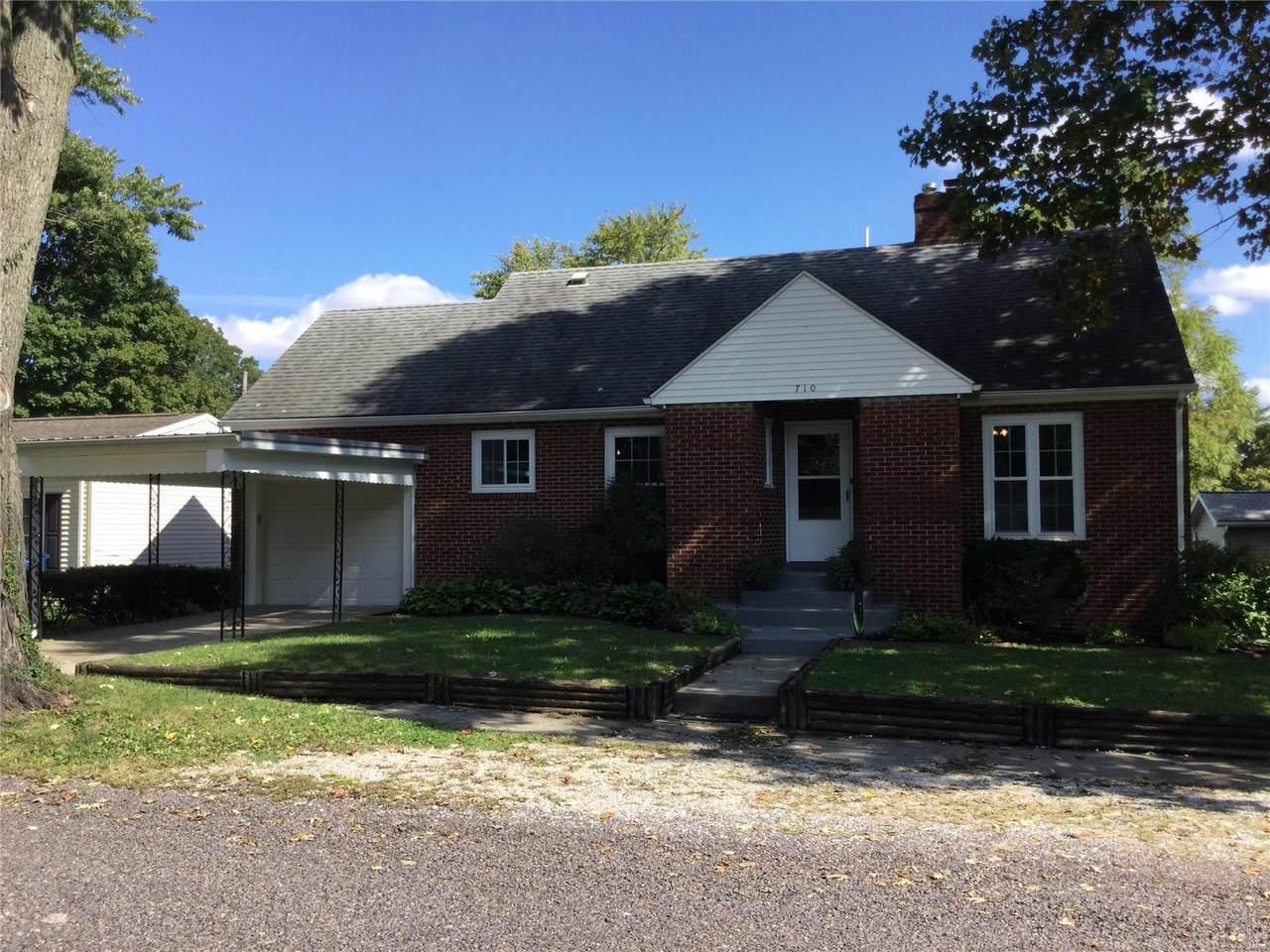 710 Ladue Place - Photo 1
