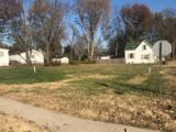 412 Oak Street - Photo 2