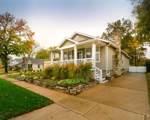 419 Rose Hill - Photo 3