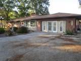 806 Lakeview Drive - Photo 2