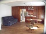390 Airline - Photo 14
