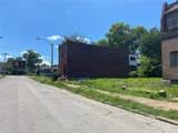 2417 Fall Avenue - Photo 2