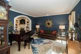 11055 Rambling Oaks Drive - Photo 10