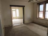 4407 Clarence Avenue - Photo 10