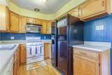6033 Oakville Terrace - Photo 14