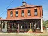 115 Schiller Street - Photo 2