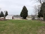 8120 Veterans Memorial Parkway - Photo 11