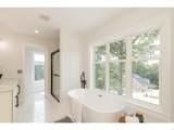 5912 Oakville Woods - Photo 60