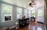 9102 White Avenue - Photo 5