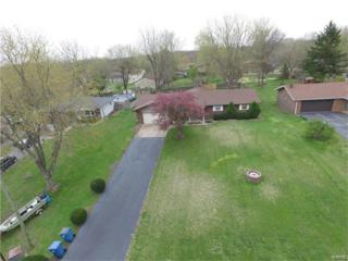 95 Red Coach Lane, Troy, IL 62294 (#17030288) :: The Kathy Helbig Group