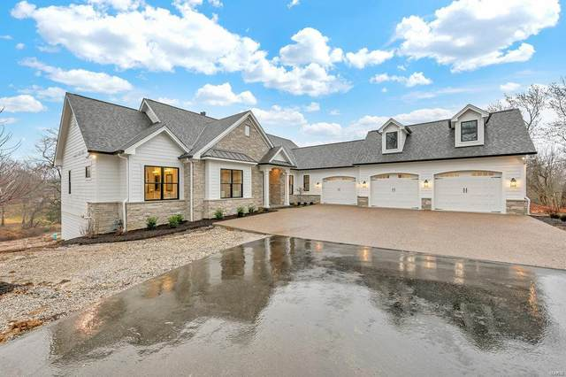 480 North Warson Road, St Louis, MO 63124 (#20028828) :: Matt Smith Real Estate Group
