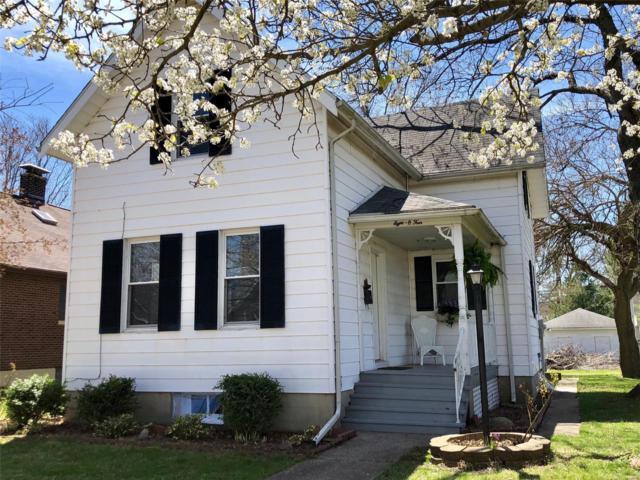 804 12th Street, Highland, IL 62249 (#18016737) :: Fusion Realty, LLC