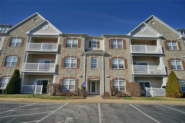 6 Monarch Trace Court #204, Chesterfield, MO 63017 (#18017428) :: Clarity Street Realty