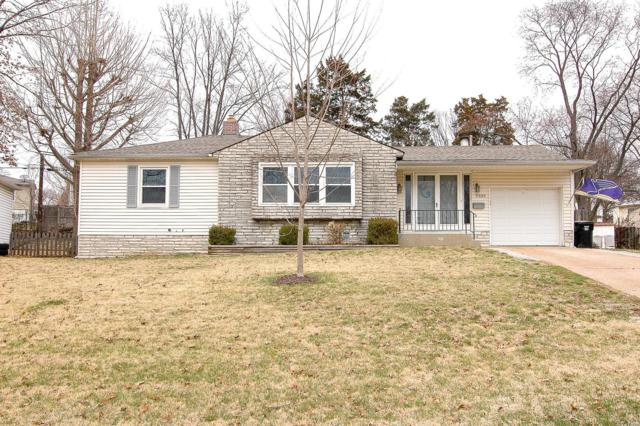 9335 Atwood Drive, St Louis, MO 63123 (#18017780) :: Clarity Street Realty