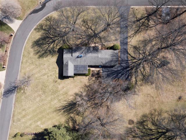 3033 Fallbrook Drive, Frontenac, MO 63131 (#18018528) :: RE/MAX Vision