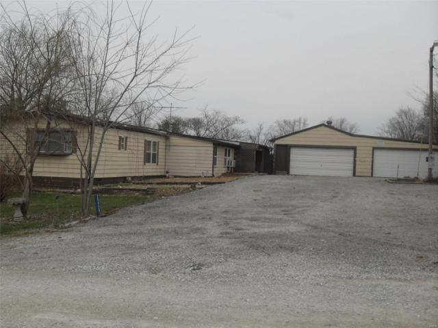 20928 Meadow View Road, Highland, IL 62249 (#18022377) :: Fusion Realty, LLC