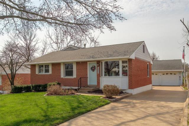 10834 Lawnbrook Drive, St Louis, MO 63123 (#18025503) :: Clarity Street Realty