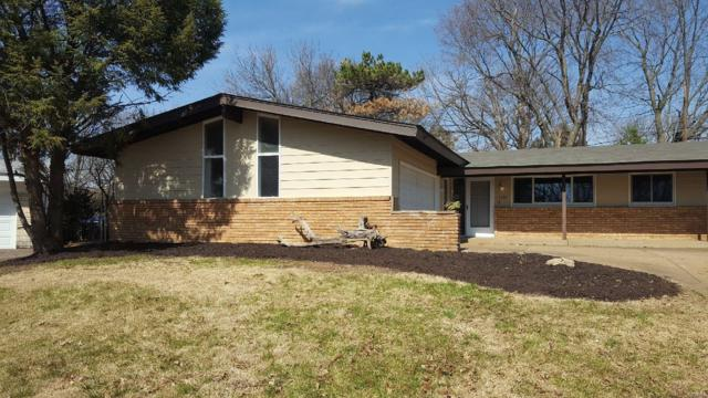 3175 Durwood, Florissant, MO 63033 (#18028490) :: Clarity Street Realty