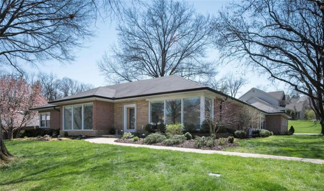 6 Ladue Manor, Ladue, MO 63124 (#18029893) :: St. Louis Realty