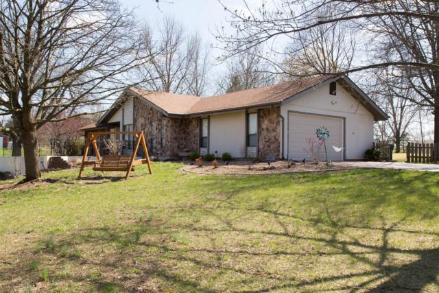 1075 Blue Wing Drive, Saint Charles, MO 63304 (#18031224) :: St. Louis Finest Homes Realty Group