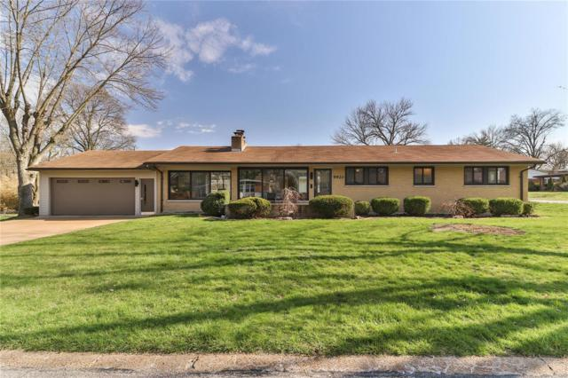 9920 Crestwood Drive, St Louis, MO 63126 (#18032068) :: Clarity Street Realty