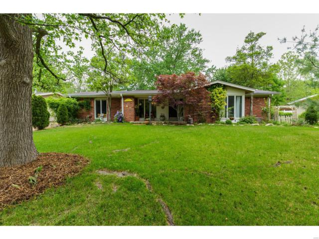 112 Old Oaks, Ballwin, MO 63011 (#18034292) :: Kelly Hager Group | TdD Premier Real Estate