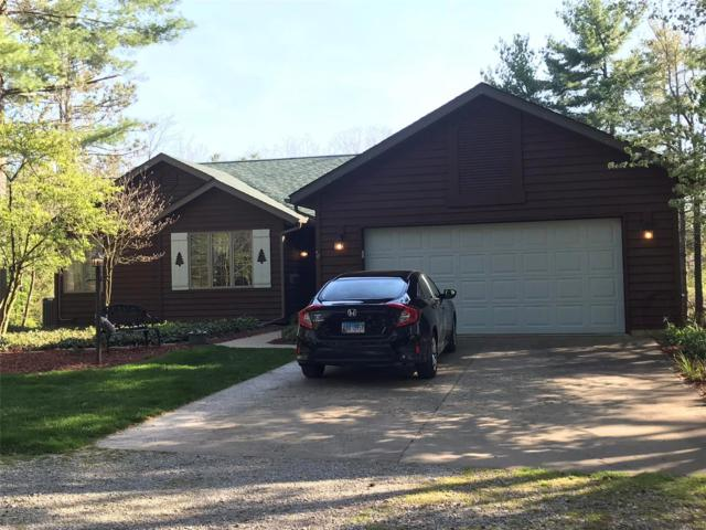 1347 Trails End, Greenville, IL 62246 (#18036324) :: Clarity Street Realty