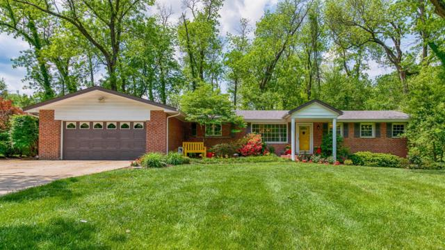 10090 Briarwood Drive, St Louis, MO 63124 (#18039037) :: Kelly Hager Group | Keller Williams Realty Chesterfield