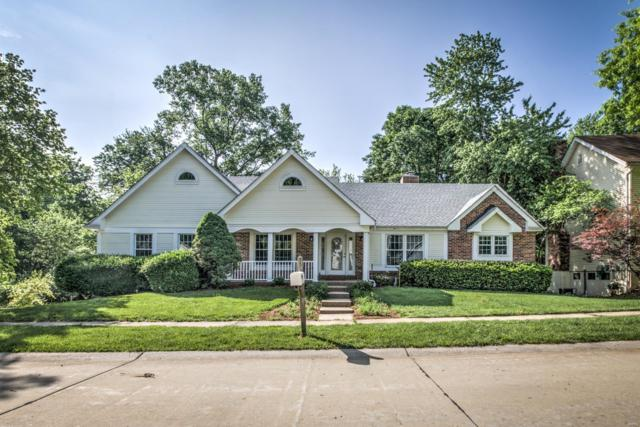 342 W Manor Drive, Chesterfield, MO 63017 (#18039070) :: Barrett Realty Group